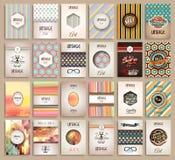 Moldes do folheto dos estilos do vintage ajustados com etiquetas Imagens de Stock Royalty Free