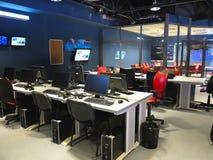 05 04 2015, MOLDOVA, escritório do estúdio da televisão da NOTÍCIA da tevê de Publika Imagens de Stock