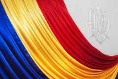 Moldovan Markierungsfahne mit Stamm auf Wand Lizenzfreies Stockbild
