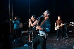 Moldovian rockowej grupy Zdob si Zdub ludowy występ przy żywym koncertem w Nemyriv, Ukraina, 21 10 2017, redakcyjna fotografia Zdjęcie Stock