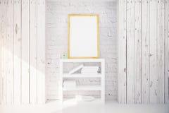 Moldura para retrato e estante no interior de madeira branco Fotos de Stock Royalty Free