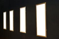 Molduras para retrato vazias de madeira Foto de Stock Royalty Free
