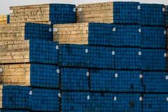 Molen die lomber voor bouw en pakken het produceren voor convinient shpment stock afbeelding