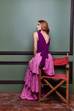 Molestia elegante de la mujer de la señora del bailarín de la demostración atractiva hermosa rubia de la actriz foto de archivo libre de regalías