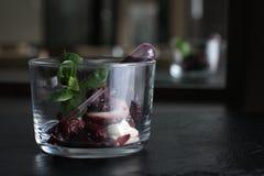 Molho da cereja do petisco do polvo do marisco do restaurante imagens de stock