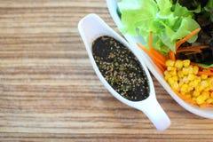 Molho da salada e do sésamo foto de stock royalty free