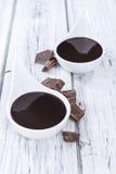 Molho de chocolate escuro imagens de stock