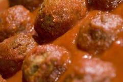 Molho de tomate dos Meatballs Imagem de Stock