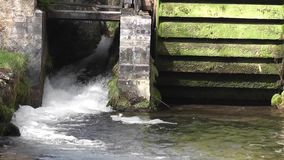 Molino de agua almacen de metraje de vídeo
