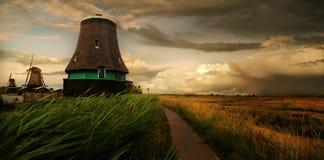 Molino de Holanda Imágenes de archivo libres de regalías