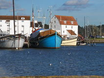 Molino de la marea de Woodbridge, Suffolk fotos de archivo