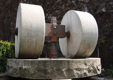 Molino de piedra viejo Imagen de archivo