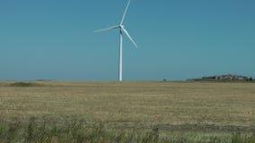 Molino de viento, central eléctrica en Ontario, Canadá almacen de video