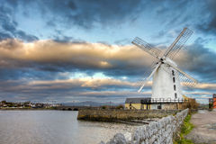 Molino de viento de Blenerville en Tralee en Irlanda. Fotografía de archivo