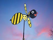Molino de viento de la abeja Fotografía de archivo libre de regalías