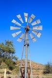 Molino de viento de la granja Fotos de archivo libres de regalías