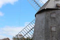 Molino de viento de madera Imagenes de archivo