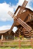 Molino de viento de madera Imagen de archivo