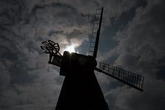 Molino de viento de Rayleigh en silueta Fotos de archivo libres de regalías