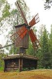 Molino de viento de Traditionnal en el parque de Seurasaari Fotografía de archivo