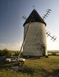Molino de viento en Charente Foto de archivo