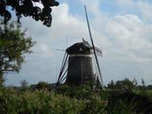 Molino de viento en el verano Imagen de archivo
