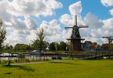 Molino de viento en Holanda Fotografía de archivo libre de regalías