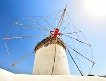 Molino de viento en Mykonos, Grecia Foto de archivo