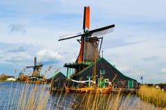 Molino de viento en Zaanse Schanse Fotos de archivo