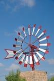 Molino de viento hermoso Imágenes de archivo libres de regalías