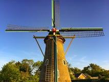 Molino de viento holandés típico Foto de archivo
