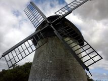 Molino de viento irlandés Fotos de archivo libres de regalías