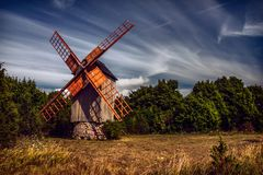 Molino de viento de Koguva en Estonia Fotografía de archivo