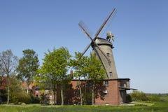 Molino de viento Ovenstaedt Petershagen, Alemania Foto de archivo