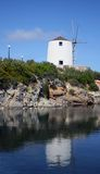 Molino de viento - Paroikia, Paros Foto de archivo