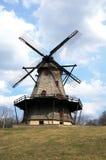 Molino de viento rústico del vintage grande Imagen de archivo