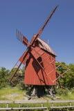 Molino de viento rojo Fotografía de archivo libre de regalías