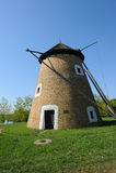 Molino de viento viejo - imágenes de archivo libres de regalías