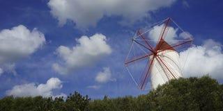 molino de viento viejo del menorca fotos de archivo