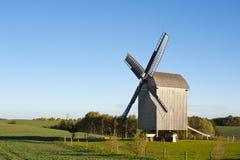 Molino de viento viejo en Alemania Imagenes de archivo