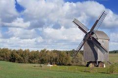 Molino de viento viejo en Alemania Fotos de archivo