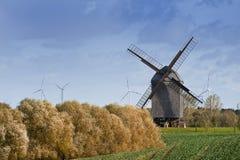 Molino de viento viejo en Alemania Imagen de archivo