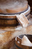 Molino del grano para moler Fotografía de archivo libre de regalías