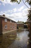 Molino Hampshire Reino Unido de la prueba y de la seda del río Imagen de archivo