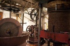 Molino tradicional del aceite de oliva fotos de archivo
