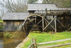 Molino viejo del grano para moler en Virginia Imágenes de archivo libres de regalías