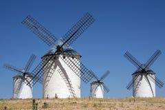 Molinoes de viento de Mancha del La - España Imagenes de archivo