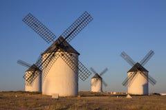 Molinoes de viento del La Mancha - España Imagen de archivo