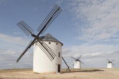 Molinoes de viento en Campo de Criptana, Ciudad verdadero, España Foto de archivo libre de regalías