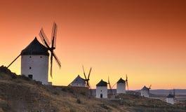 Molinoes de viento en Consuegra, España. Imagen de archivo